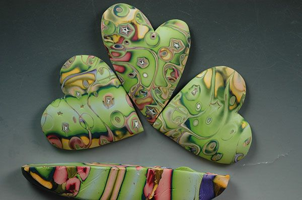 gorgeous clay hearts  http://www.polymerclaydaily.com/lehocky/