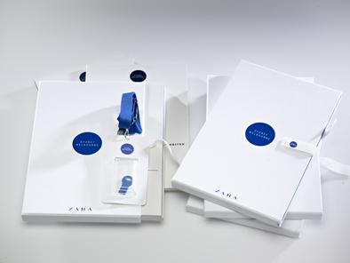 Fashion catalogue, dossier de prensa, white and blue