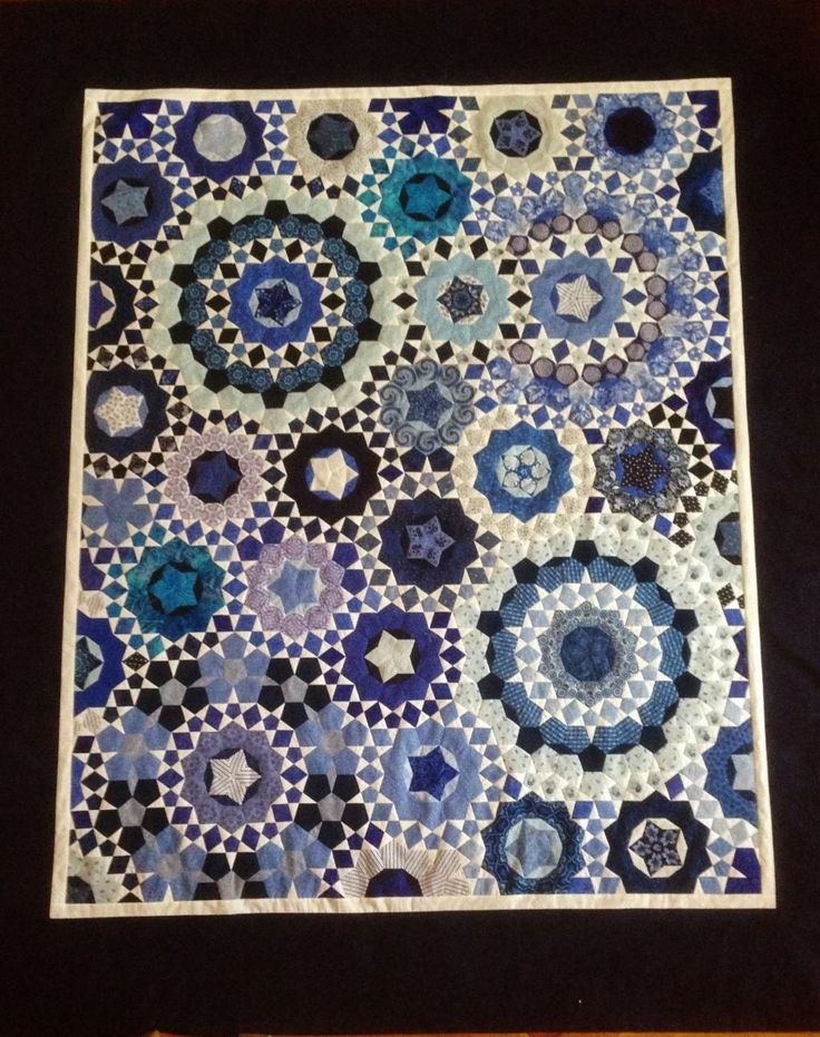 La Pass quilt. I like the almost-all-solids - less stress for a first one than having to fussy cut!