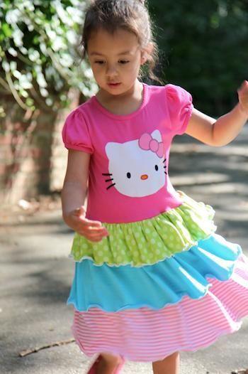 DIY Clothes Refashion: DIY Twirly T-Shirt Dress #diy #clothes #refashion