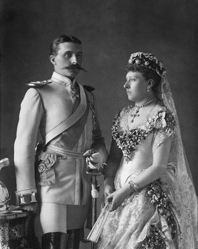 Miss Honoria Glossop: Princess Beatrice (youngest daughter of Queen Victoria) and Prince Henry of Battenburg