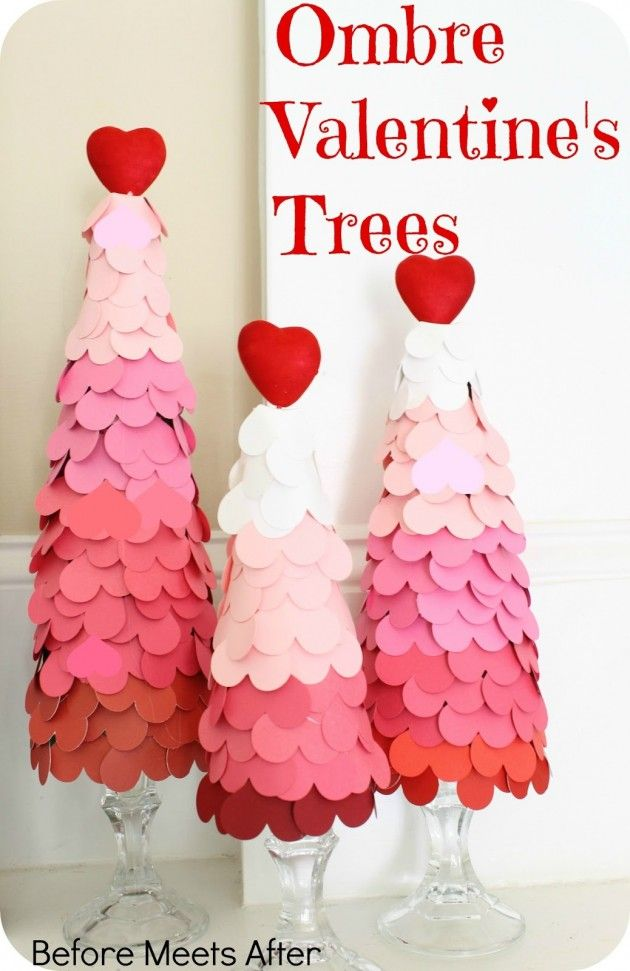 Ombre Valentine's Day Heart Tree - The Greatest 30 DIY Decoration Ideas For Unforgettable Valentine's Day- arboles con sticky notes de color que tendrán la informacion de contacto o like de la página.