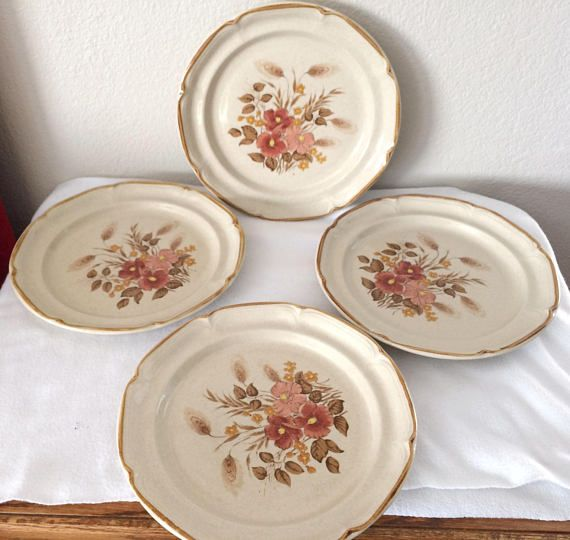 Set of (4) VINTAGE Dinner Plates Sunmarc Endura Collection FESTIVE Stoneware SM--6669 Japan Floral & 137 best Vintage Antique Rare Dishes/Bowls/Gravy Boats images on ...