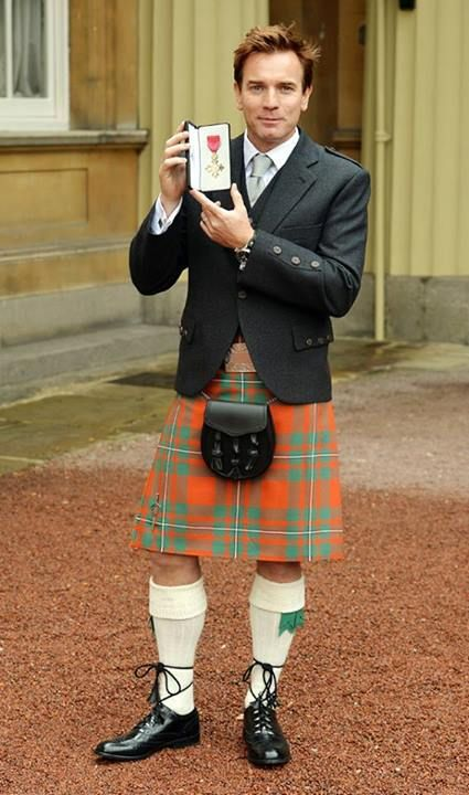 Scotsman Ewan Mcgregor. What's under that kilt, ewan????    Prrrrrrrrrrrr