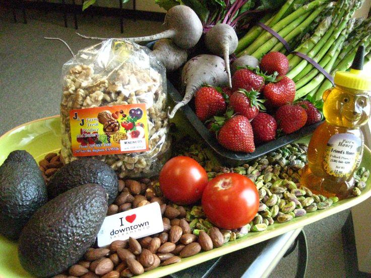 cesar chavez park farmers market sacramento