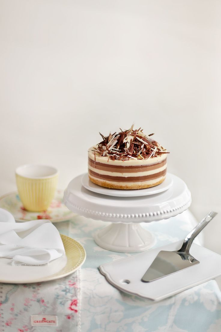 Receta de tarta tres chocolates paso a paso