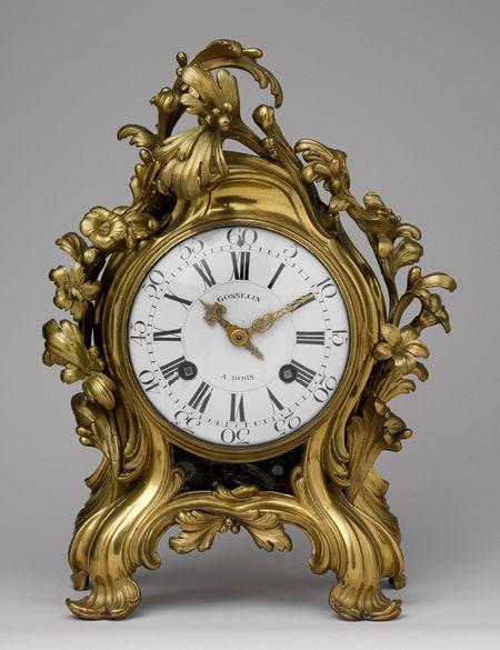 Reloj de  mesa, aprox. 1750   firmado: Saint Germain para Joseph Jean de Saint-Germain (Francés, 1719 – 1791); el movimiento firmado: Gosselin à Paris, posiblemente Jean-Philippe (Francés, d. 1766) o Jean-Baptiste Gosselin (París Francés, activo hasta 1753) Paris bronce, originalmente dorada o plateada, esmaltado dial