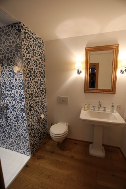 Ozde Sueslue - Google+Wand und Bodenbeläge Ottoman Tiles (Istanbul- London- Zürich)       #zementfliesen   #zürich   #zurich   #london   #istanbul   #schweiz    #suisse   #platten   #bodenbeläge   #platten   #fliesen    #wirliebenfliesen   #vintagetiles   #türkisch   #handmade    #design   #interior   #arkitektur   #karosiman   #carreauxdeciment    #hausbau   #schönerwohnen   #schoenerwohnen    #hausbau2016   #interiordesign   #dekor    #decor   #deco   #inspiration   #retro   #keramik