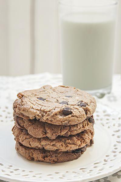Cookies de chocolate ¡la receta definitiva! Perfect chocolate chip cookies http://www.lemonandtangerine.com/2013/12/cookies-de-chocolate-la-receta.html