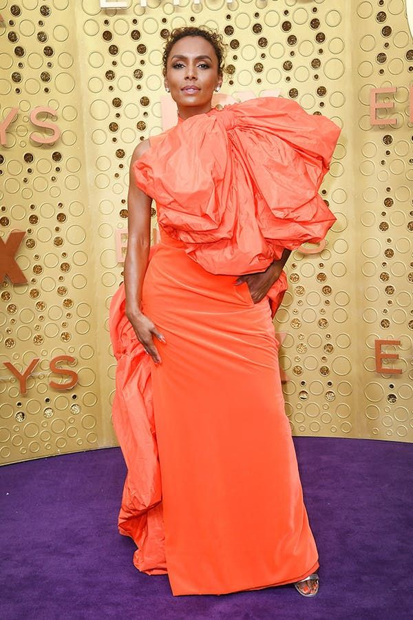 All The Must See Looks From The 2019 Emmys Red Carpet With Images Red Carpet Dresses Red Carpet Fashion Emmys Best Dressed
