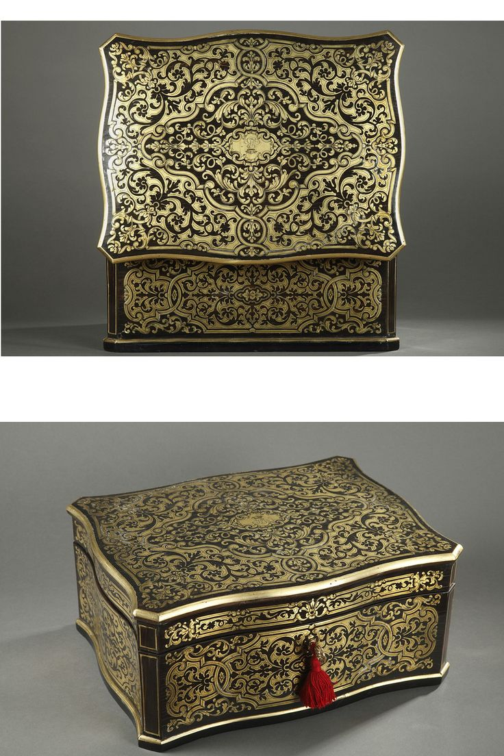 Precious+testimony+of+Napoleon+III+passion+for+Louis+XIV+style,+this+rectangular+casket+in+the+taste+of+Boulle,+in+brass+on+dark+wood+background,+presents+a+luxuriant+decoration+composed+of.