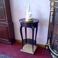LOUIS XV STYLE small table - MADE IN ITALY  https://wwwmobilimeda.blogspot.it/search?updated-max=2016-06-10T00:29:00-07:00