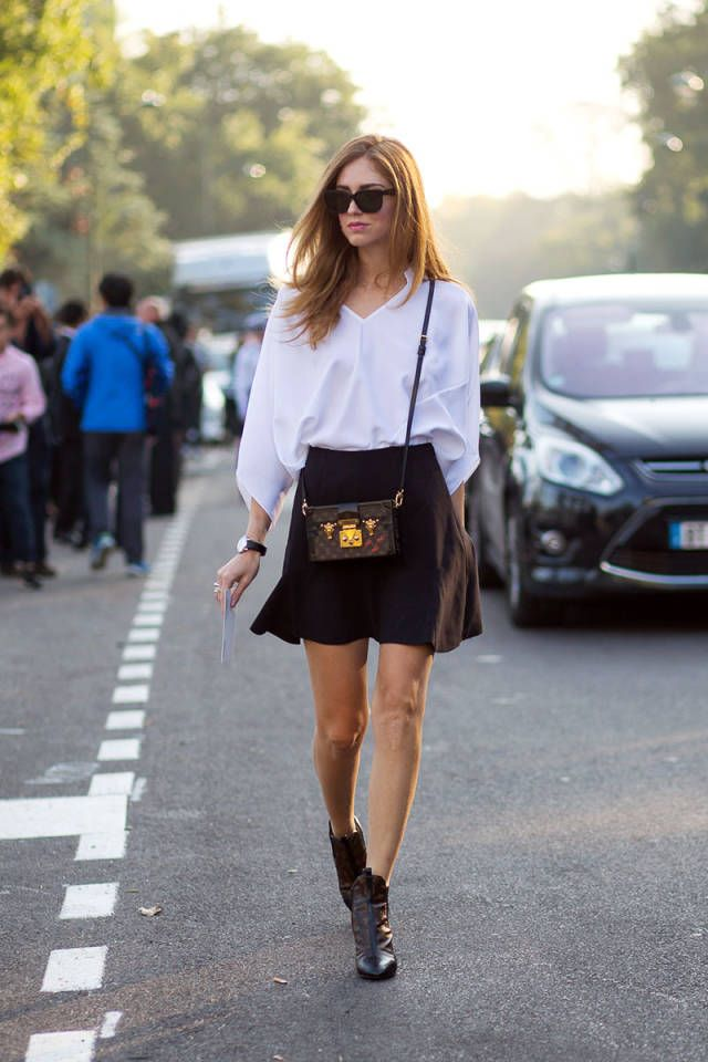 251 amazing street style looks spotted at Paris Fashion Week.