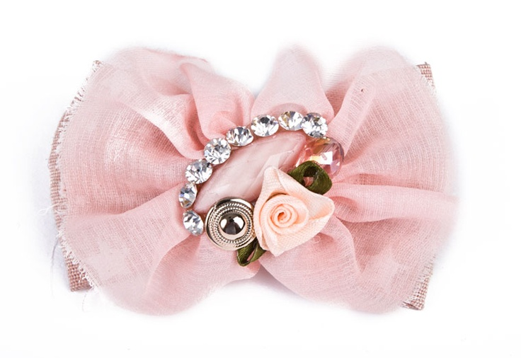 BOW SHAPE HAIR ACCESSORY