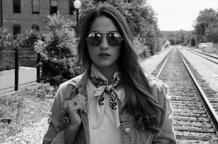 Victoria Lindsey YouTube  croptopsandlattes.com @vic_lindsey