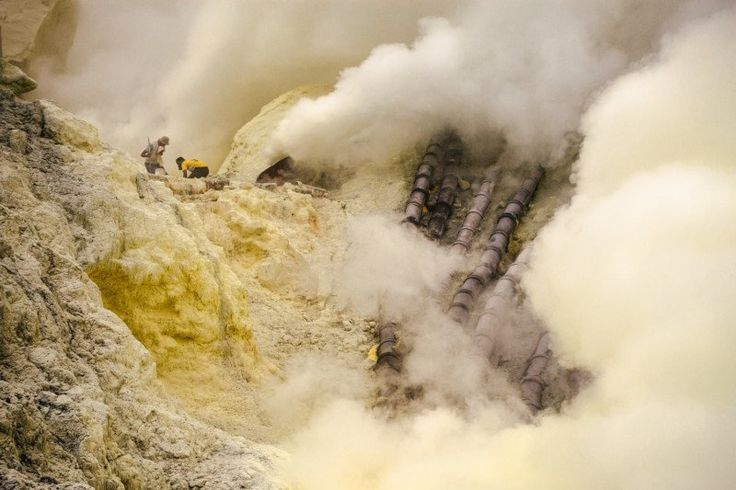 Photo Essay: A Day in the Sulfur Mines of Kawah Ijen. #Photography