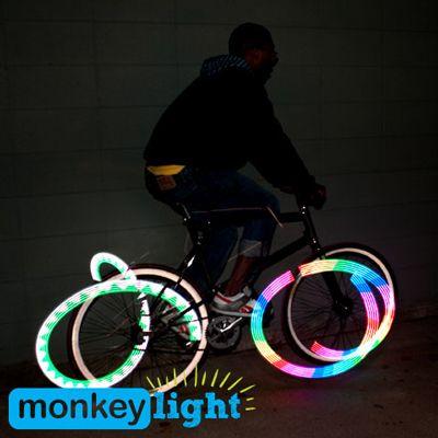 Monkey Light M210 , cet éclairage de roue pour vélo vous permettra de vous deplacer dans la nuit avec votre propre stye