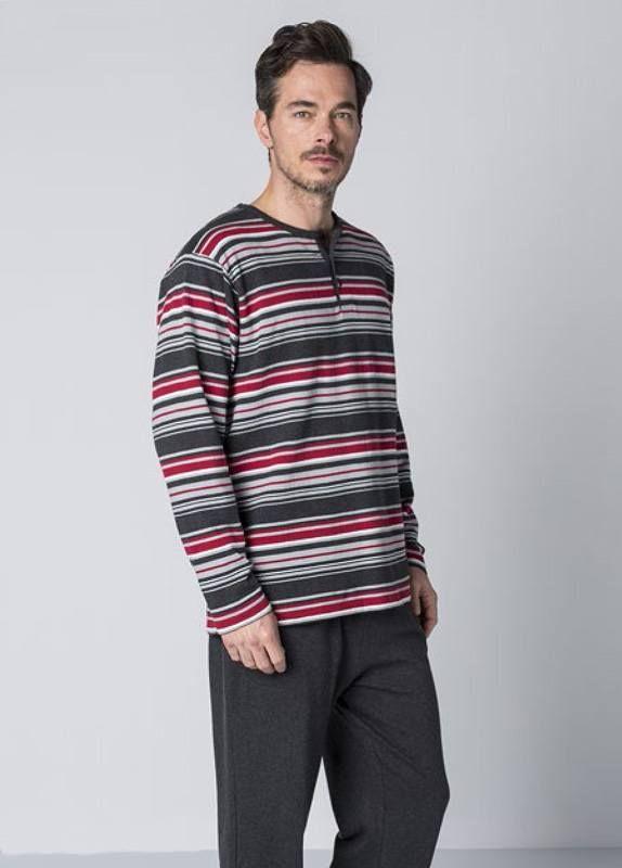"""Esquijama en punto de algodón """"perchado"""", es decir, tejido más bien grueso, muy suave, gustoso al tacto y CALENTITO.Pijamas para frioleros en http://www.varelaintimo.com/marca/9/guasch"""