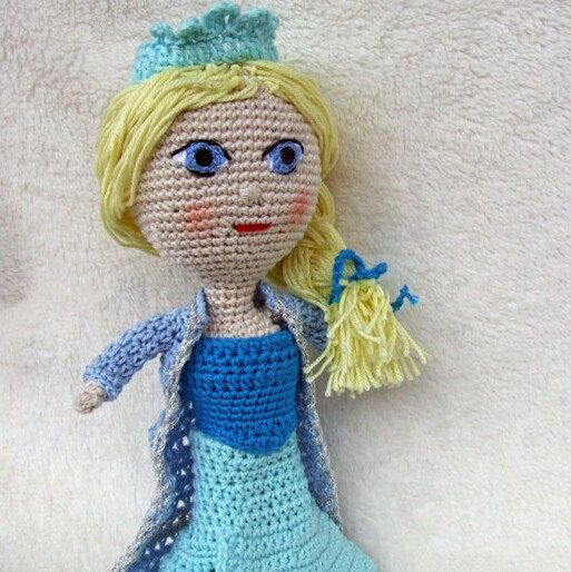 Elsa doll!! New friend!!