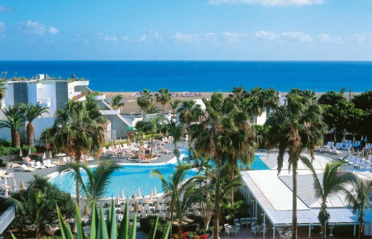 RIU Club hôtel Paraiso Lanzarote Resort TUI 4* à Puerto Del Carmen prix promo Séjour Canaries TUI à partir 819,00 € TTC au lieu de 949 € Tout Compris.