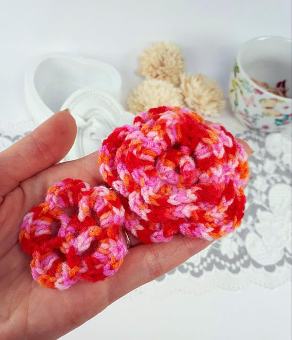 2 pink crochet flowers wool applique flowers pink sewing