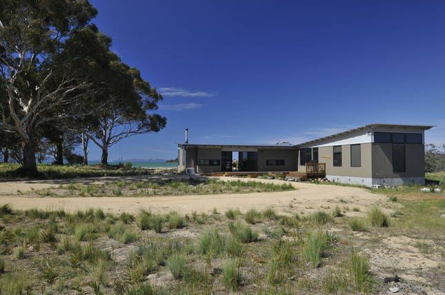 Rio al Mar (River to Sea), a Swansea Tasmania House | Stayz