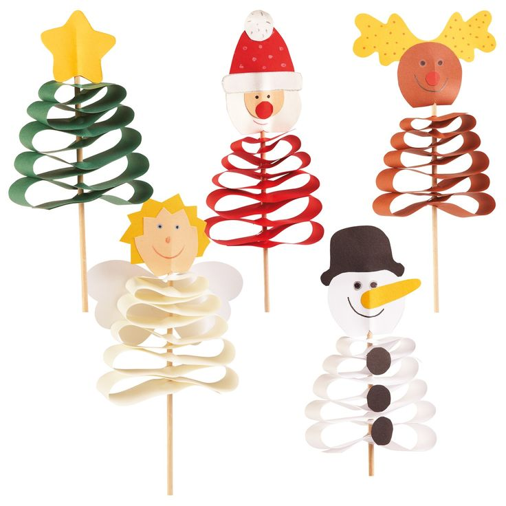 would be fun to try in fondant for cupcakes....Easy paper Christmas toppers