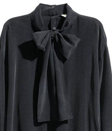 Zijden blouse met strik   Zwart   Dames   H&M NL
