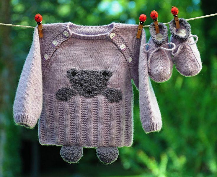 layette ensemble 3 mois ourson brassière et chaussons violet et gris neuf tricoté main : Mode Bébé par com3pom