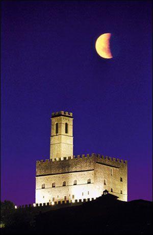 Castello di Poppi (Toscana, Italia)  Poppi castel (Tuscany, Italy) (scheduled via http://www.tailwindapp.com?utm_source=pinterest&utm_medium=twpin)