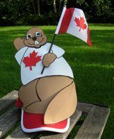 Kid's craft: Make a Canada Day beaver hat.