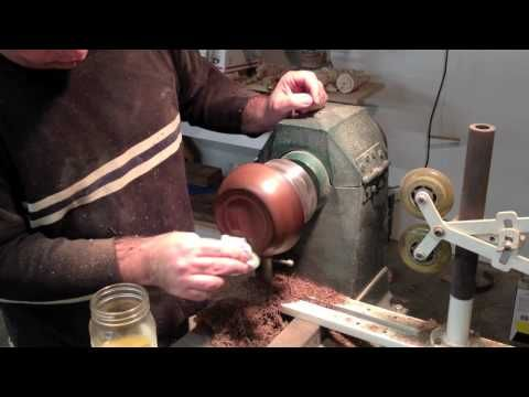 Woodturning Polishing Solution / a method learnt from Eddie CASTELIN - YouTube