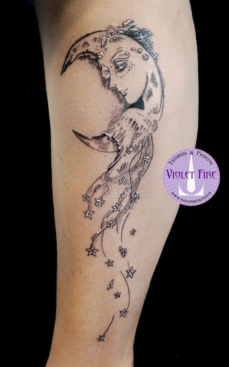 oltre 25 fantastiche idee su luna tatuaggio su pinterest tatuaggi luna tatuaggio a forma di. Black Bedroom Furniture Sets. Home Design Ideas