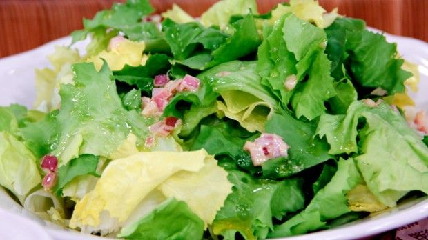 Escarole Salad | Steven and Chris | Here's a pleasingly hearty and simple-to-make green salad from Chef Michael P. Clive.