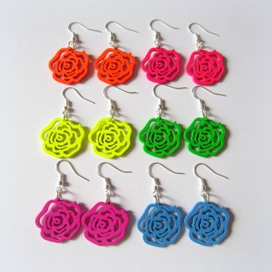 Krásne ľahké náušničky v tvare ruží pestrých farieb, ktoré nik neprehliadne .)!, 15eruska