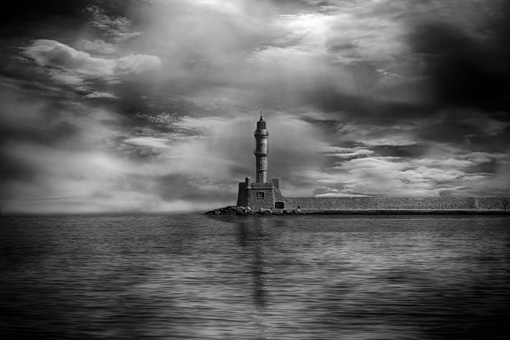 Chania lighthouse in black & white