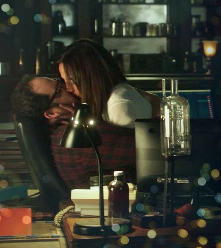 My new S2 Deleted Scenes BATB fanfic called 'This Shouldn't Work' was inspired by JT & Tess' kiss in ep 216 'About Last Night.' What happened afterwards and how does Austin's (JT) poem to Tess feature? ** Click on image to go to the story on my website. **Disclaimer: I do not own Beauty and the Beast, its characters or images. They belong to the CW Network. This is a work of fan fiction.**