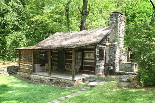 Timeless Treasures - Gorgeous historical cabin located in the heart of Gatlinburg yet feels like you are miles away in a country setting. http://www.auntiebelhams.com/cabins/157-timeless-treasures