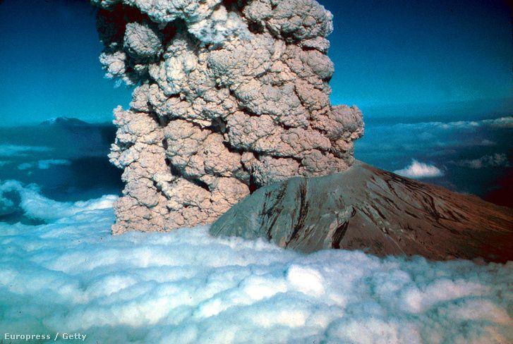 Az 1980-as vulkánkitörés Egyesült Államok északnyugati csücskében, a Cascade-hegységben található Mount Saint Helens