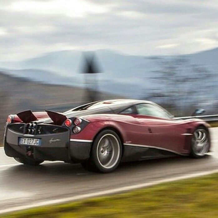 Incroyable #pagani #huayra Is The 4th Most Expensive New Car For Sale In The World  Today: US$ 1.6 Millions. Http://www.MOSTEXPENSIVECARTODAY.com Photo Re Pou2026