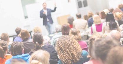 Nu åbner Danmarks første online konference om online markedsføring. MarketingCast har samlet 20 af landets bedste online marketing eksperter, og deltagerne på konferencen får over 30 dage adgang til 20 unikke foredrag.