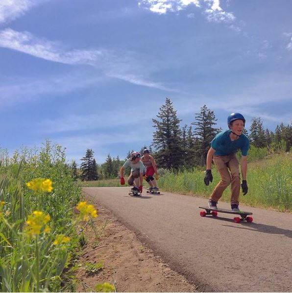 Who thinks we should have MORE longboard parks?!  #dhx #downhill #xtreme #extreme #sports #longboard #racing