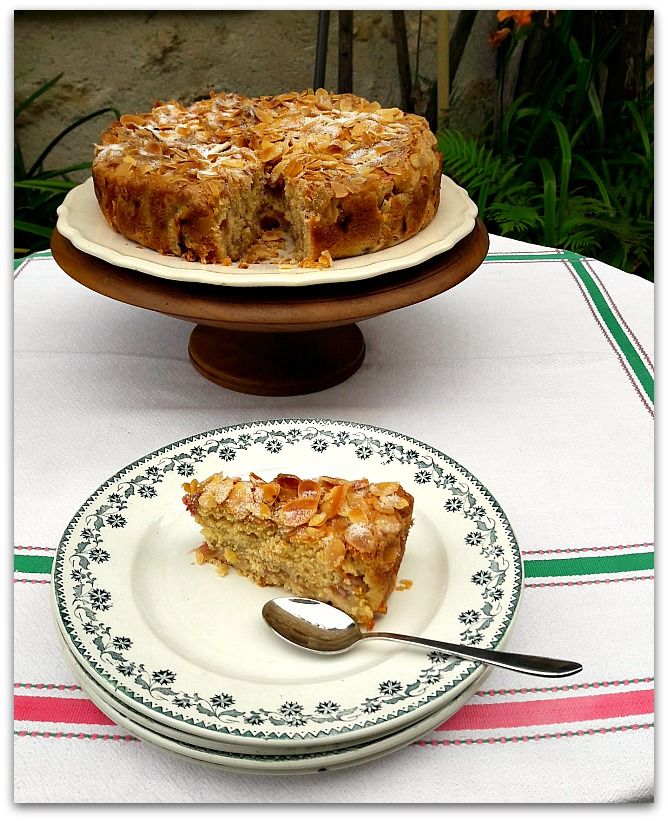 Un dimanche a la campagne: Un gâteau doux à la rhubarbe