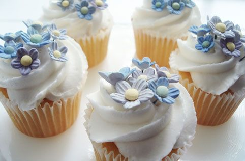 Forget me nots cupcakes