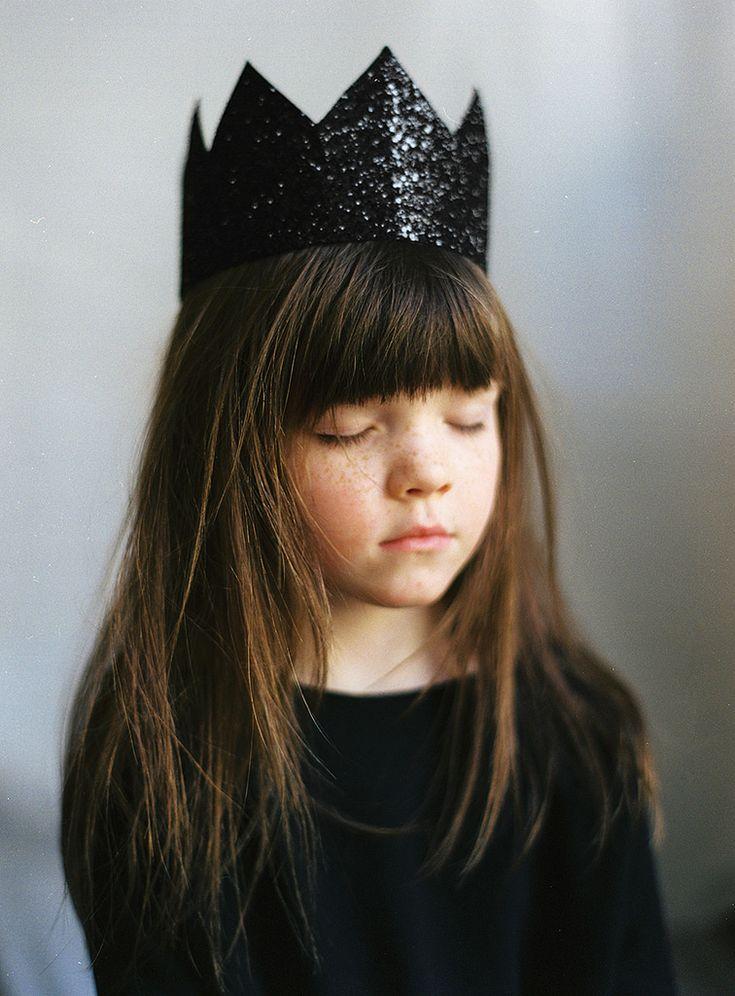 "100philosophers: "" ninel by apasz Via Flickr: black glitter crown patkas kids…"
