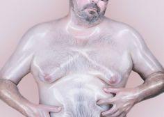 Los cuerpos masculinos que fotografió este artista francés