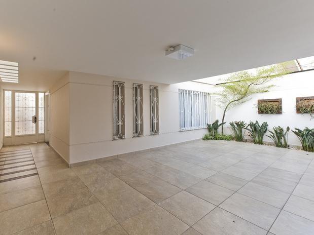 Os Modelos de pisos para Área externa e garagem podem ajudar você na hora de escolher o piso ideal para sua casa, inspire-se nas fotos.