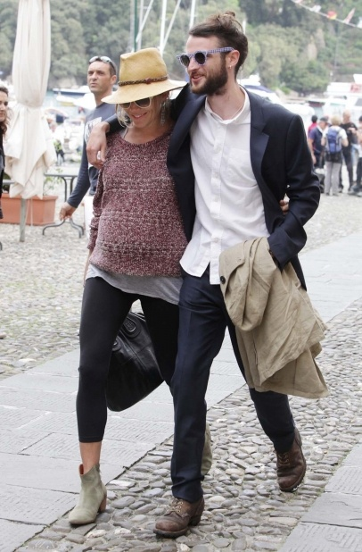 Sienna Miller with Tom Sturridge in Portofino-Italy.