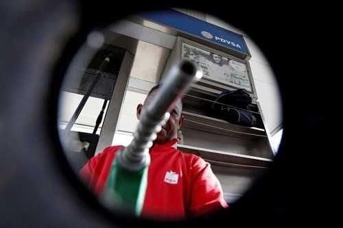 Gasolina en pesos aún es bachaqueable
