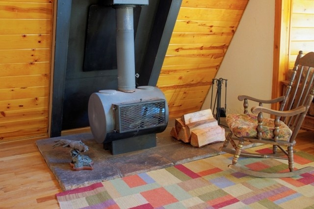 A-Frame Cabin 5 Miles from Heavenly Ski Resort - Image 10 -  - rentals